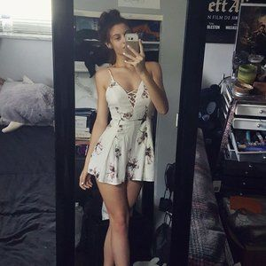WHITE ROMPER WITH FLOWERS